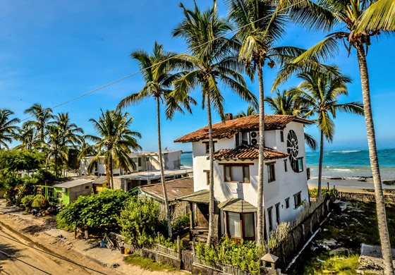 Iguana-Crossing-Home1 Galapagos Premium Class Hotels